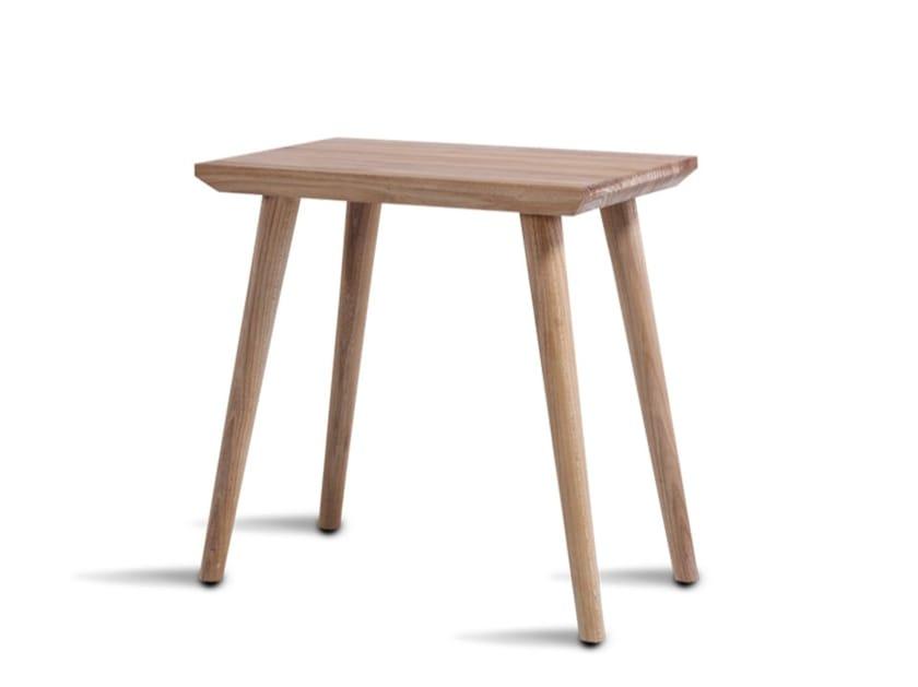 Tavolino alto da caffè in legno massello NO1 - HOOKL und STOOL