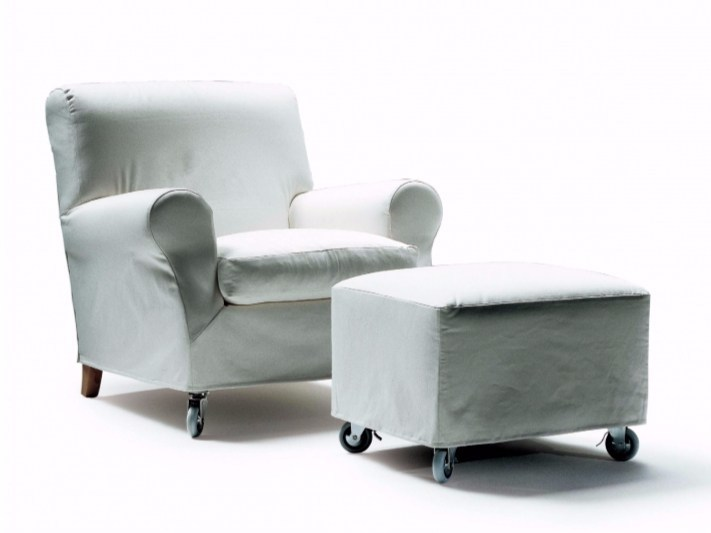 Upholstered fabric armchair with armrests with removable cover NONNAMARIA | Armchair by FLEXFORM