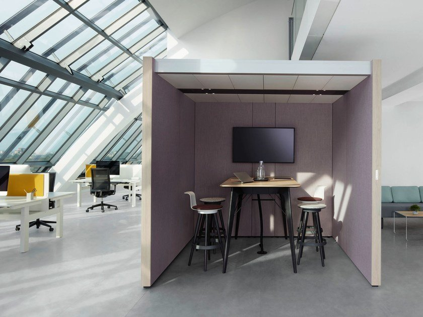 Acoustic meeting pod with built-in lights NOOXS THINK TANK by BENE
