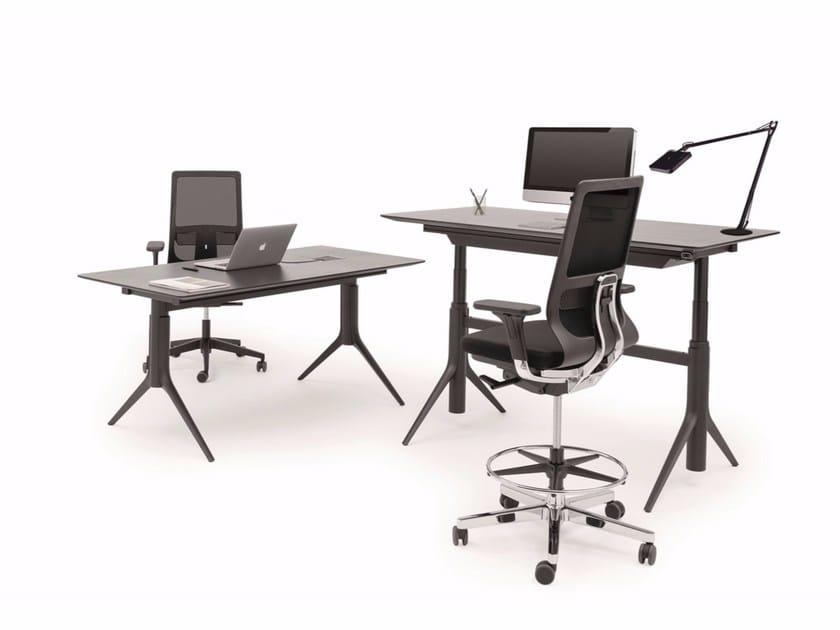 Height-adjustable rectangular workstation desk NOTABLE OPERATIONAL DESK - ICF