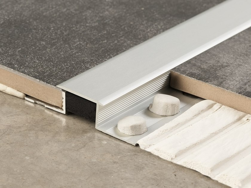 Giunto per pavimento in metallo NOVOJUNTA DECOR® XL | Giunto per pavimento - EMAC Italia