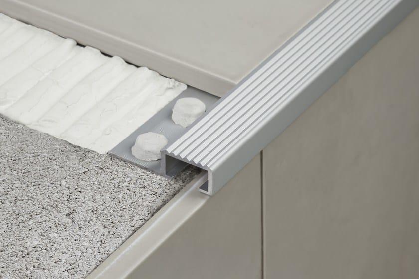 Stainless steel Step nosing NOVOPELDAÑO® 4 - EMAC Italia