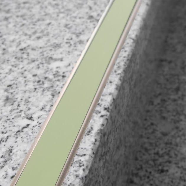 Profilo paragradino in alluminio NOVOPLETINA LUMINA | Profilo paragradino in alluminio - EMAC Italia
