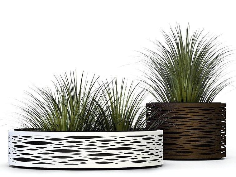 Metal Flower pot NYON II | Flower pot - Made Design Barcelona