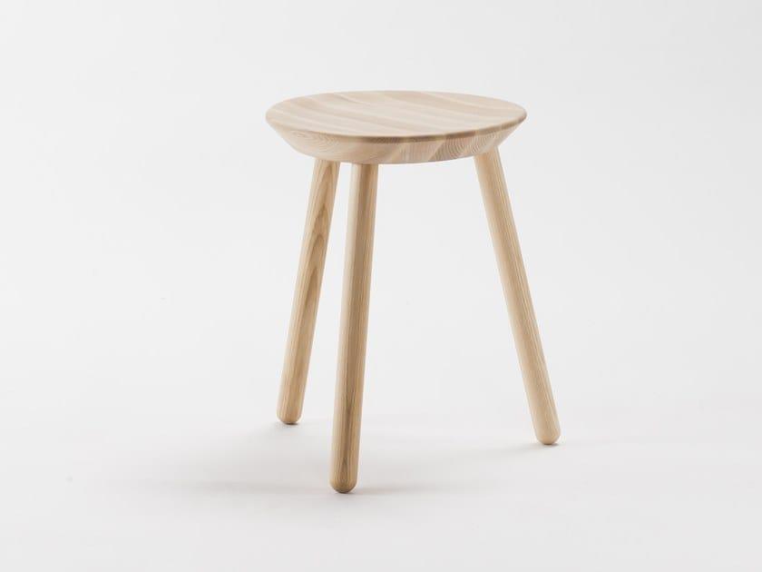 Low solid wood stool NAÏVE | Stool - EMKO UAB