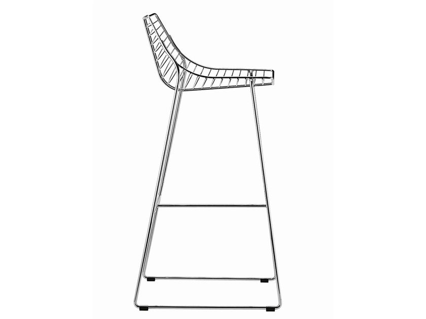 Sled base steel stool with footrest Net 396 - Metalmobil