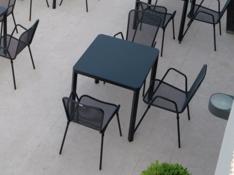 Square steel garden table OBLIQUE | Square table - Talenti
