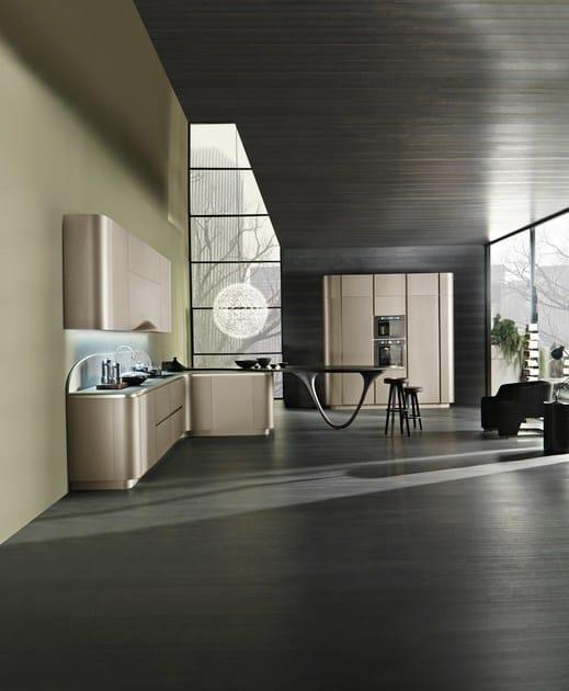Cucina componibile in stile moderno con maniglie integrate con ...