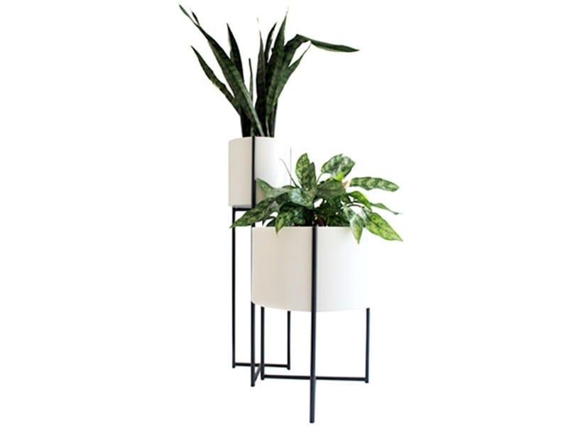 Powder coated aluminium vase OLIVER | Vase - Evie Group