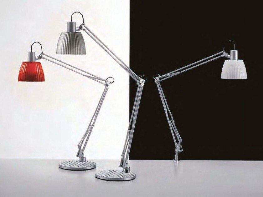 Fluorescent desk lamp OPERA by Caimi Brevetti