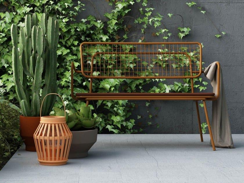 Panca da giardino impilabile in metallo con braccioli OPLÀ D - Imperial Line
