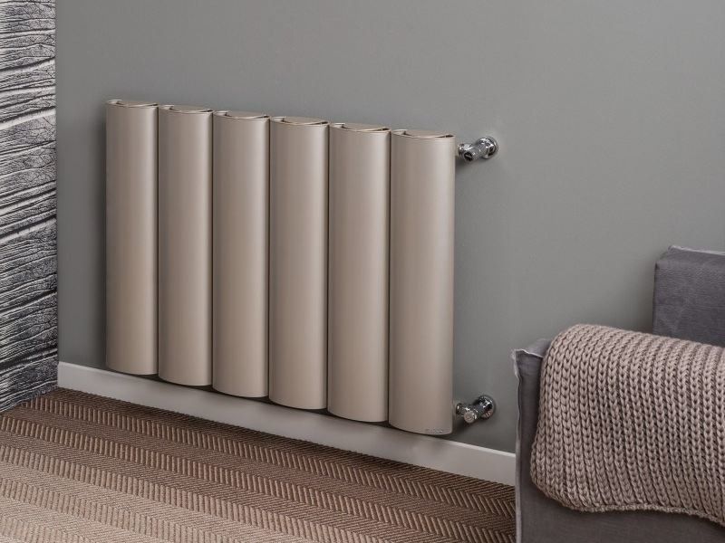 Hot-water vertical wall-mounted aluminium decorative radiator OVO by RIDEA