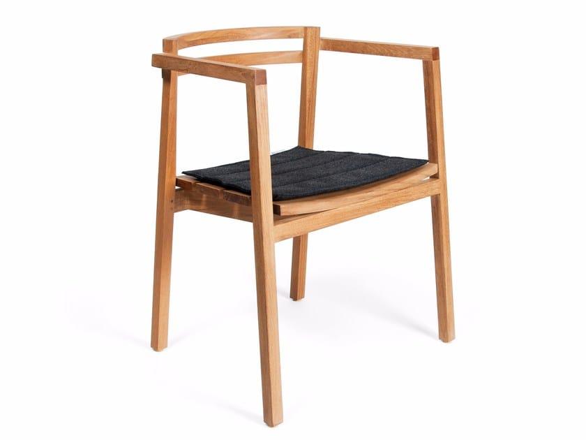 Teak garden chair OXNÖ | Garden chair with armrests - Skargaarden