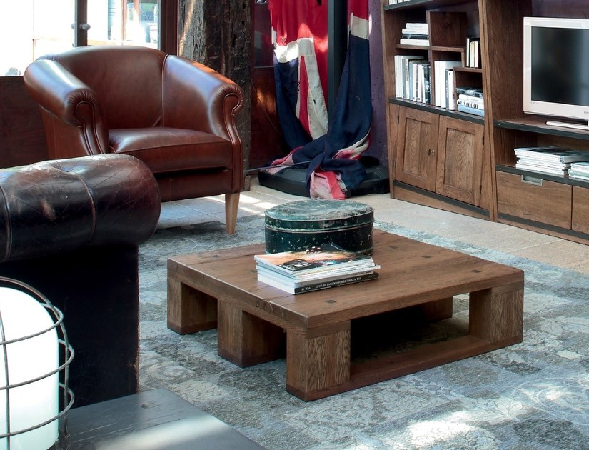 Contemporary style wooden coffee table for living room PALLET | Coffee table by Devina Nais