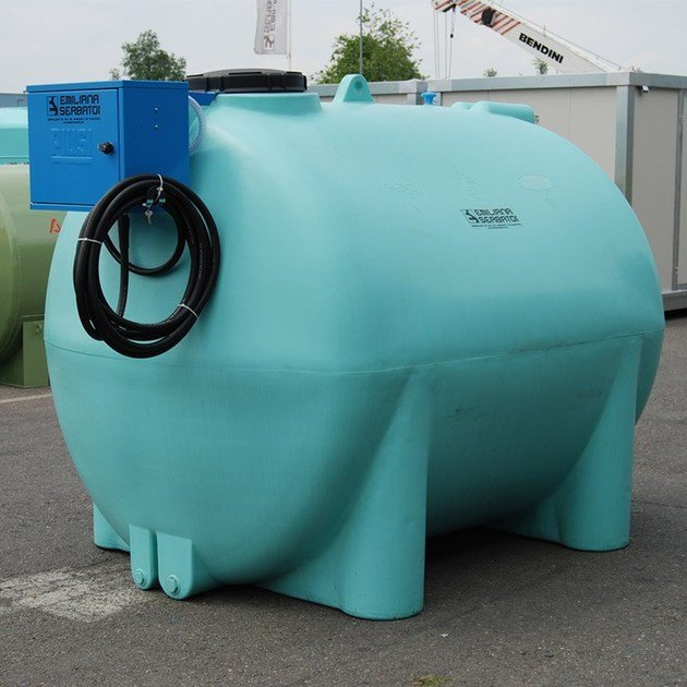 Basin, cistern and tank for water works SERBATOIO IN POLIETILENE PER ACQUA - EMILIANA SERBATOI