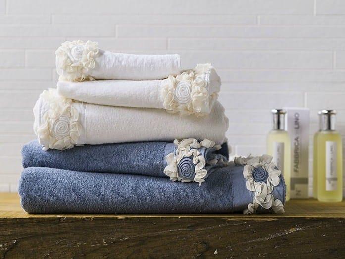 Linen bath Towel PEONIE | Bath Towel - LA FABBRICA DEL LINO by Bergianti & Pagliani