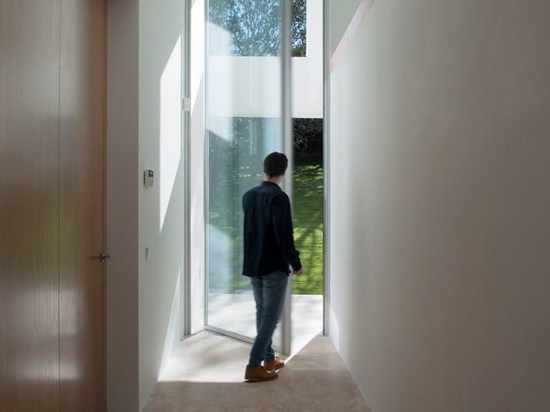 Porta finestra a bilico ph 38 porta finestra a bilico for Finestra bilico
