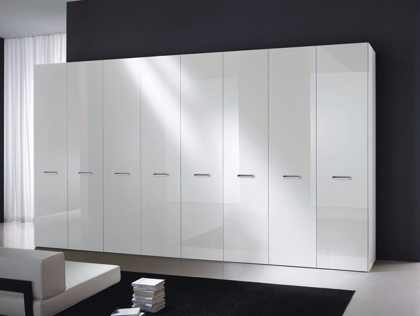 Lacquered laminate wardrobe PIANA by Composit