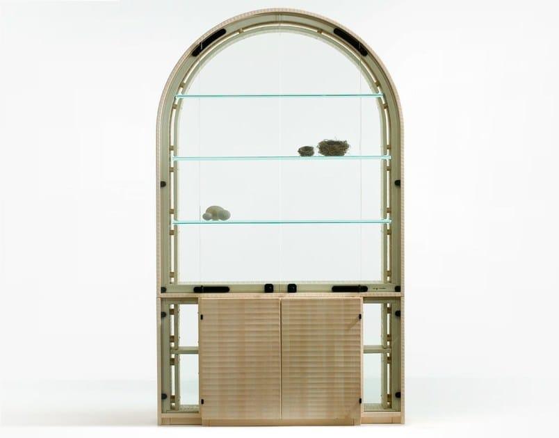 Maple display cabinet PICCOLO ARCO - HABITO by Giuseppe Rivadossi