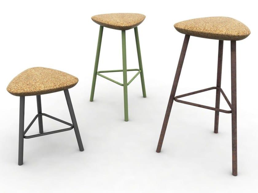 Cork stool PICK - DOMITALIA