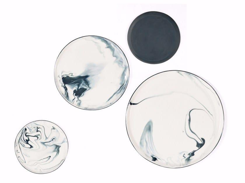 Porcelain dinner plate PIGMENTS & PORCELAIN | Plate by Vij5