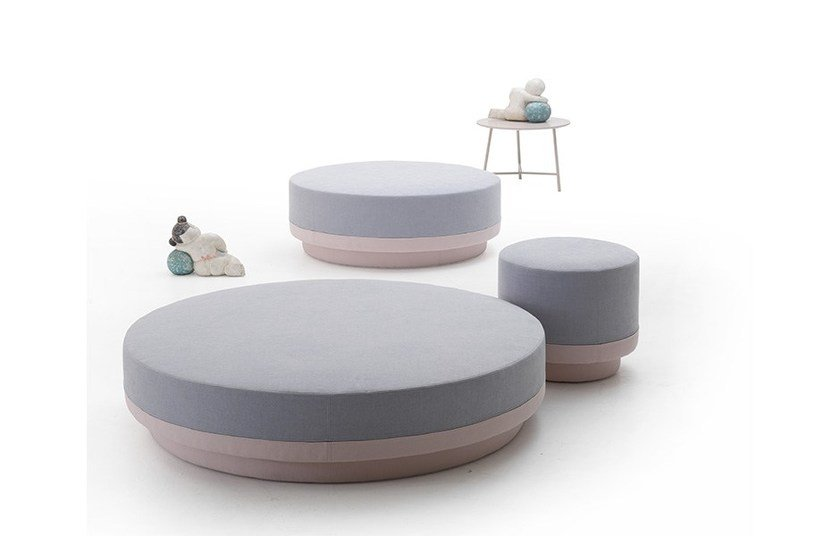 Contemporary style round wooden pouf PILLI | Pouf by MY home collection