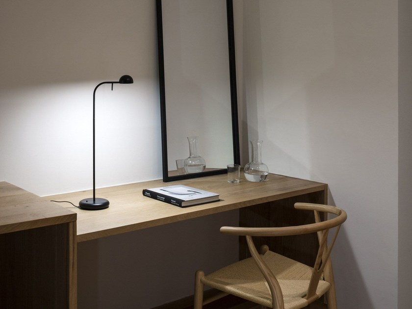 LED table lamp PIN | Table lamp - Vibia