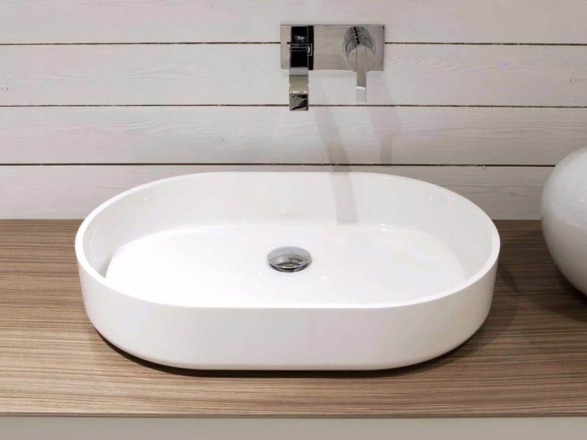 Oval Ceramilux® washbasin PIPER by Antonio Lupi Design