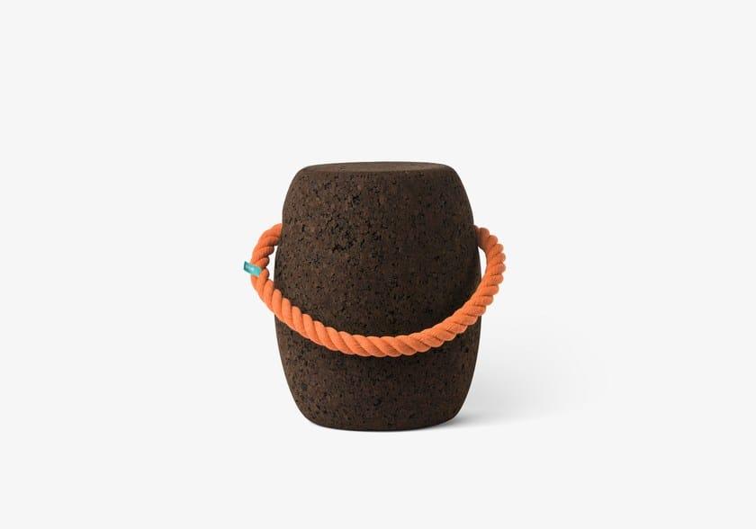 Cork stool / coffee table PIPO fond orange by DAM