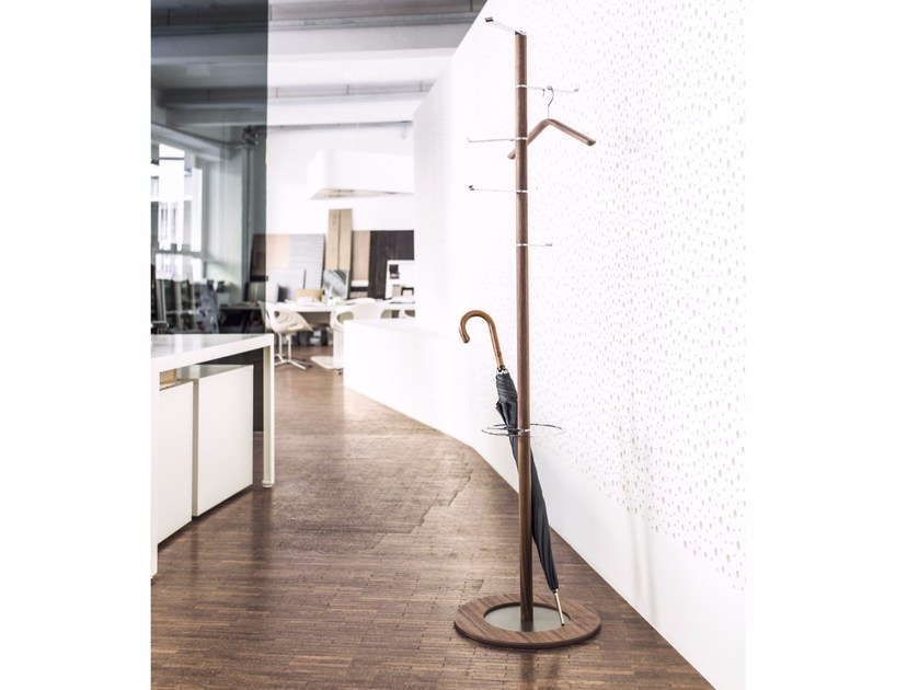Steel and wood coat stand PIVOT | Steel and wood coat rack - Schönbuch