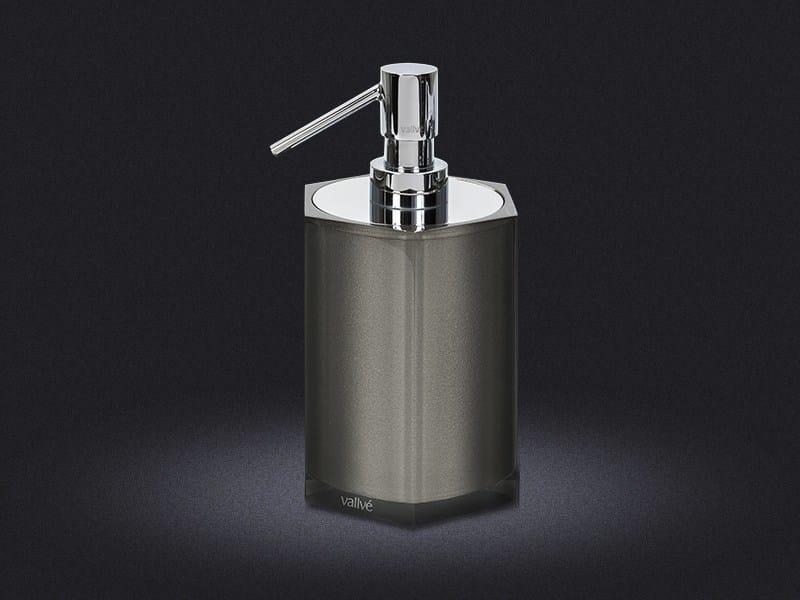 Resin liquid soap dispenser PLATINUM HEXA - Vallvé Bathroom Boutique