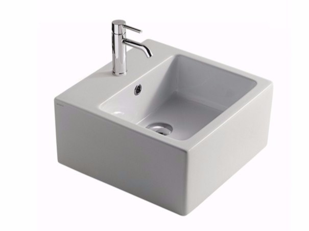 Square ceramic washbasin PLUS DESIGN 40 | Square washbasin - GALASSIA