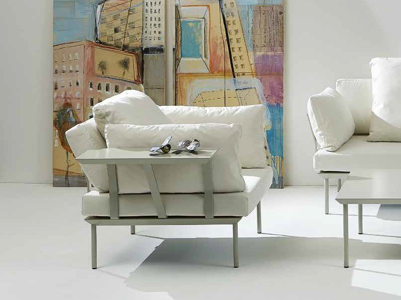 Fabric armchair with armrests with integrated magazine rack POISSY FOR IN | Armchair with armrests - iCarraro italian makers
