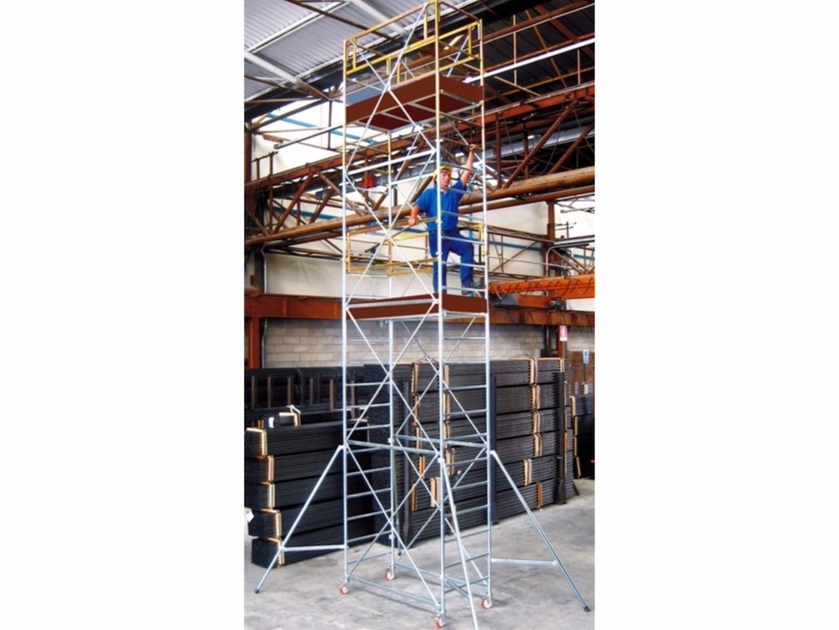 Mobile scaffolding for construction site POKER HD - Frigerio Carpenterie