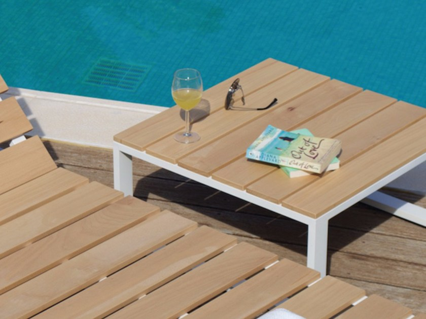 Low square beech garden side table POOL | Aluminium coffee table by Efasma