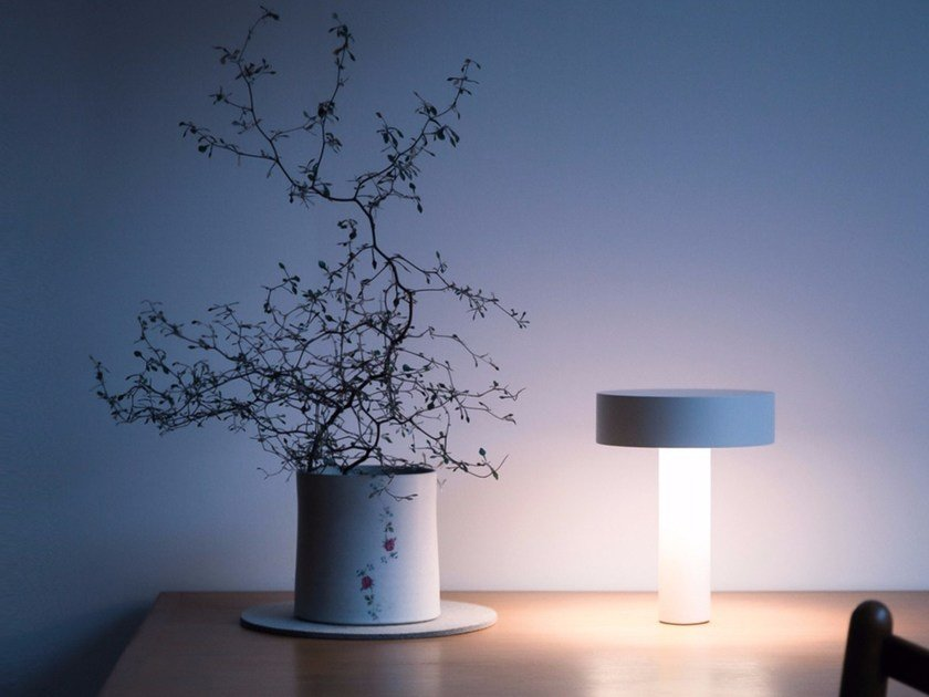 Table lamp / speaker POPUP by DAVIDE GROPPI