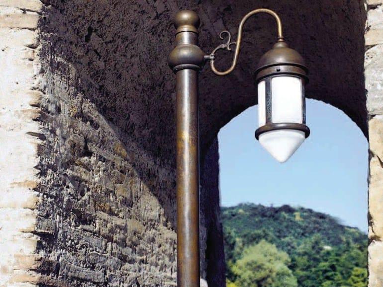 Metal garden lamp post POSTIÈRLA | Garden lamp post - Aldo Bernardi
