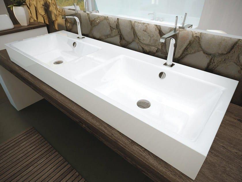 Lavabo da appoggio doppio in ceramica puro lavabo doppio kaldewei italia - Lavandini bagno da incasso ...