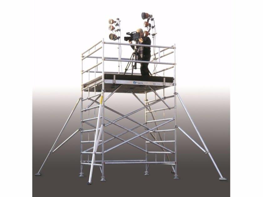 Mobile scaffolding for construction site QUADRO by Frigerio Carpenterie