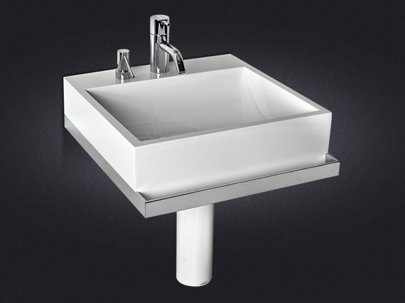 Square wall-mounted resin washbasin QUARENTA | Wall-mounted washbasin - Vallvé Bathroom Boutique