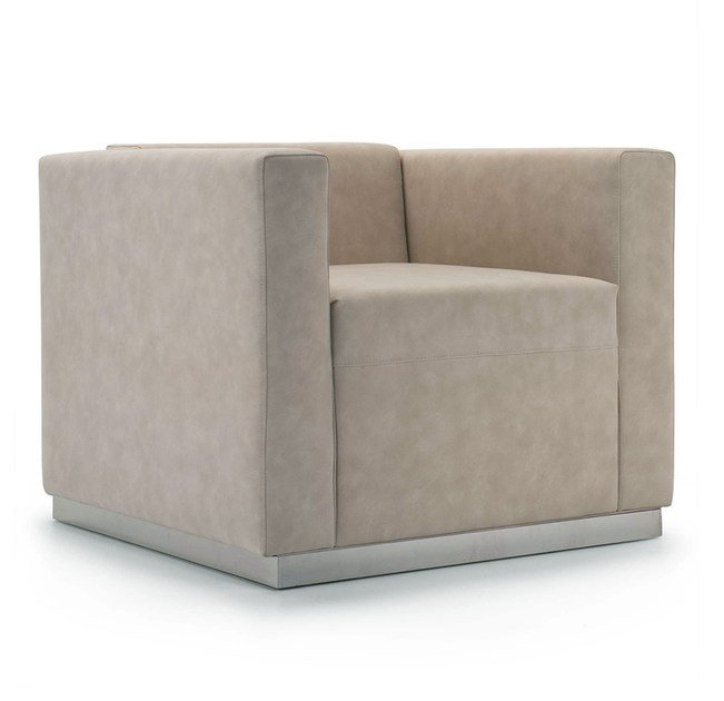 Upholstered leather armchair with armrests QUINCY | Armchair - Domingo Salotti