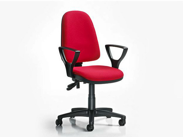 Task chair with 5-Spoke base with casters RING | Task chair with armrests by D.M.