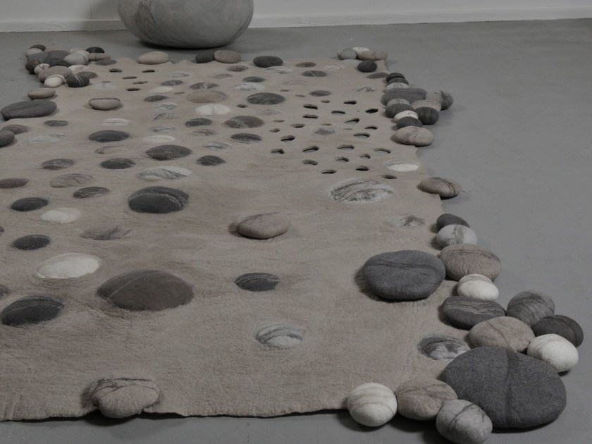 Handmade wool felt rug RIVER EDGE WOOL by Ronel Jordaan™