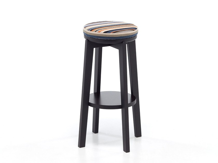 High oak stool with footrest ROND 06 - Very Wood