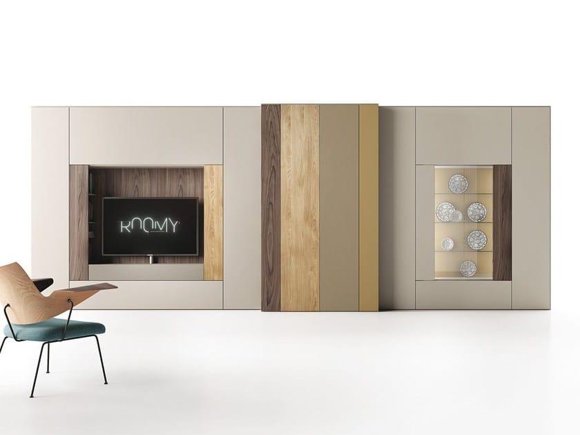 parete attrezzata componibile laccata in stile moderno con porta tv roomy parete attrezzata. Black Bedroom Furniture Sets. Home Design Ideas