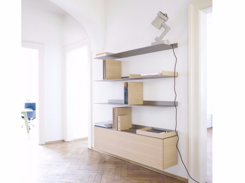 Wall-mounted aluminium and wood bookcase S7 | Sectional bookcase - Schönbuch