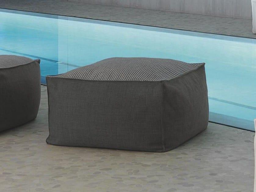 Sunbrella® garden pouf SACCO | Pouf by Talenti