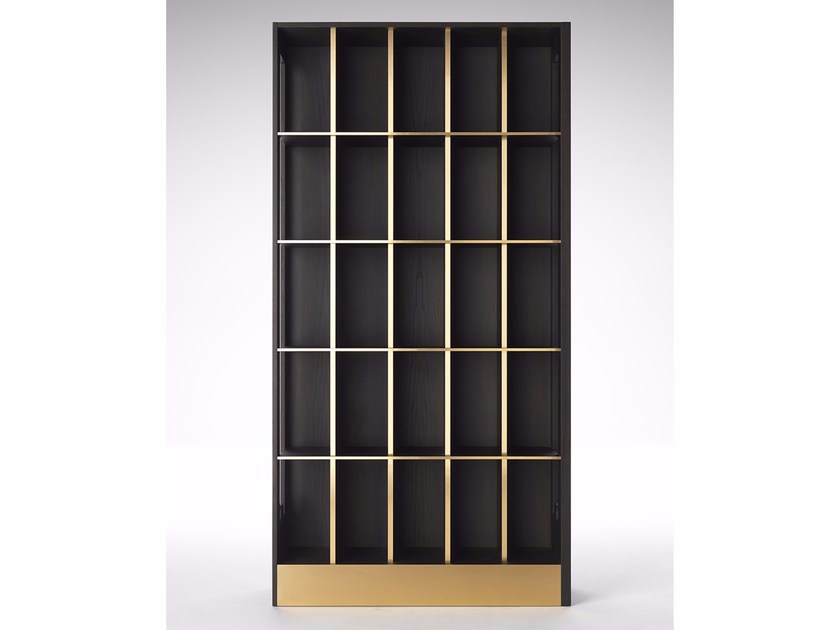 Freestanding oak bookcase SAGGIO - Paolo Castelli