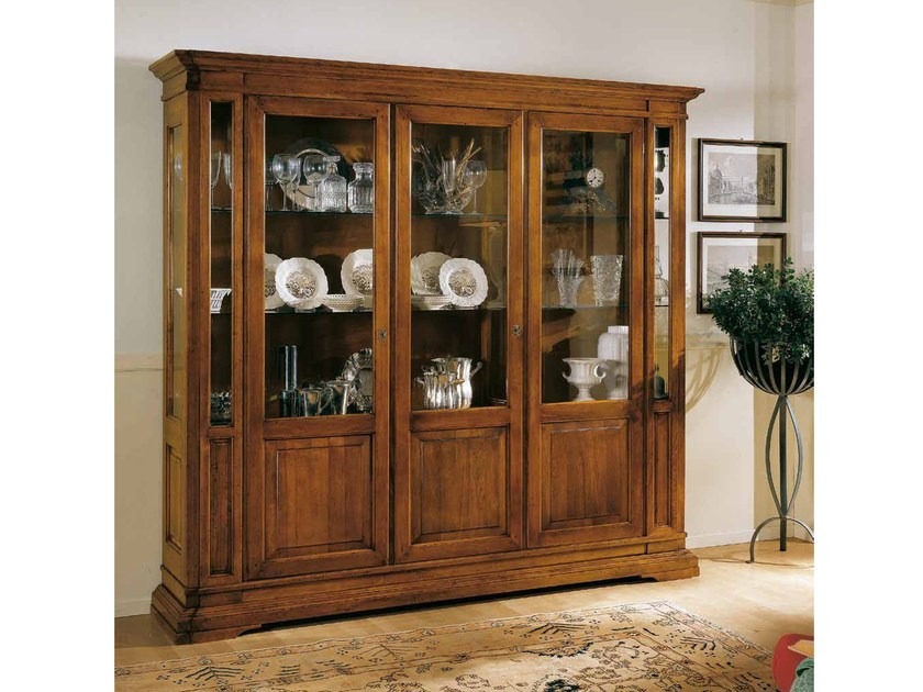 Solid wood display cabinet SAN MARCO | Solid wood display cabinet by Arvestyle