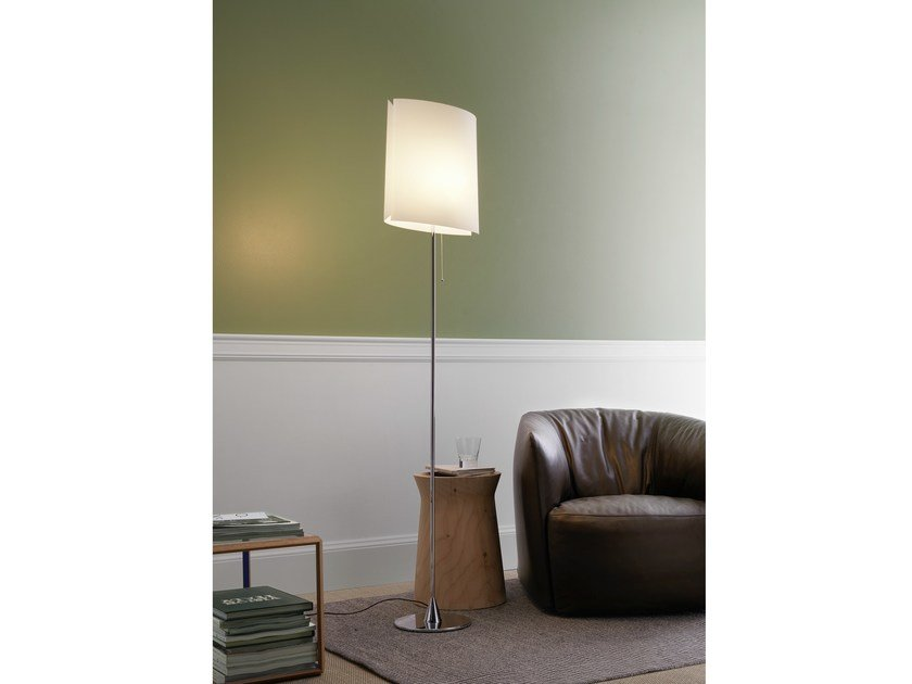 Polycarbonate floor lamp SARA | Floor lamp - FontanaArte